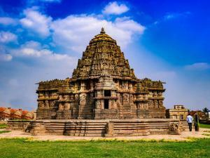 Lakshminarayana Temple In Hosaholalu Karnataka