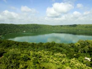 The Fifty Thousand Year Old Lonar Crater Lake Better Than A Science Fiction