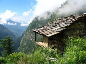 A Short Trek In Malana The Village Of Taboos Himachal Pradesh
