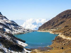 A Visit To The Enchanting Changu Lake In Sikkim
