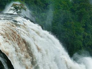 Places To Enjoy Monsoon In Kerala