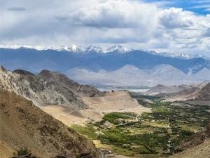 Explore Nubra Valley An Ancient Valley Of Flowers