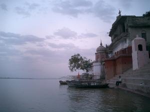 Moving Around Kanpur