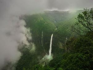 Shocking Story Of The Breathtaking Nohkalikai Falls