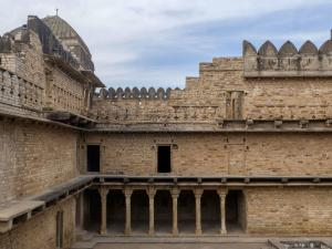 Witness The Exemplary Mughal Architecture And Grandeur At Chanderi Fort