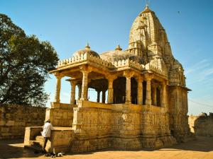 Visit The Beautiful Meera Temple In Chittorgarh