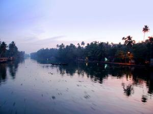 Take A Look At The Beautiful Waterbodies Of India
