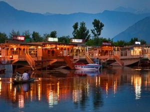 Head To These Luxury Holiday Destinations In India