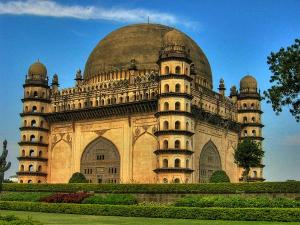 Explore These 9 Popular Attractions Of The Deccan Plateau