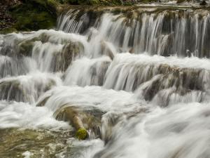 Must Visit Waterfalls In Madhya Pradesh