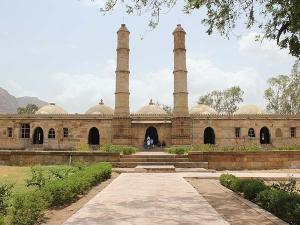 From Ahmedabad To Champaner Pavagadh Archaeological Park