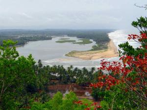 What Do You Know About Someshwar Beach In Karnataka