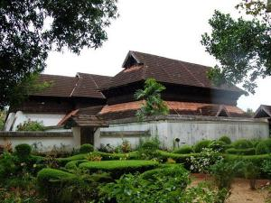 Visit The Royal Krishnapuram Palace At Alleppey