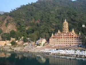 Why You Should Visit Rishikesh This Summer