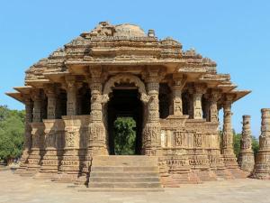 Gujarat S Modhera Sun Temple Where History And Elegance Meet