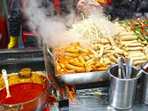 Places In India With The Best Street Food That Can Appease Your Taste Buds