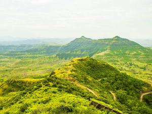 Purandar Fort Travel Guide History How Reach