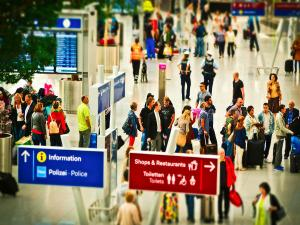Worst Mistakes Passengers Make At The Airport
