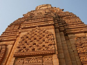 Experience The Azure Colours Heaven At Gwalior Fort