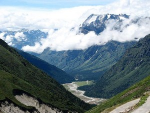 Places Visit Yumthang Sikkim