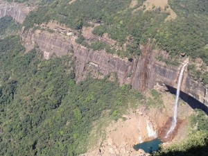 Mawjymbuin Cave Meghalaya Cave Shillong