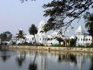 Visit The Ujjayanta Palace Tripura