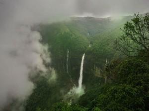 Shocking Story Of The Breathtaking Nohkalikai Falls
