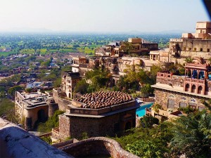Plan A Weekend Getaway To The Ancient Town Of Neemrana In Rajasthan