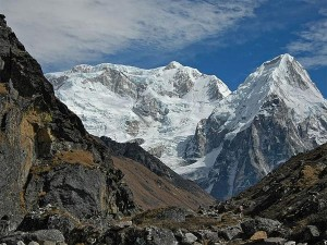 Top 5 Places To Go Mountaineering In India