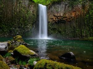 Devkund Waterfall Maharashtra The Pond Of Gods