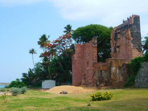 Tangasseri Fort Kollam Travel Guide How Reach