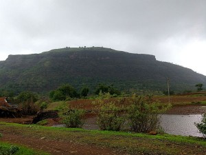 Tringalwadi Fort Nashik Travel Guide History How Reach