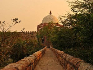 Tughlaqabad Fort Delhi Travel Guide History How Reach