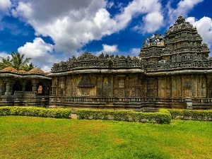 Eye-catching Temples In Hassan