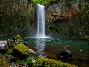 Devkund Falls: The Pond Of Gods