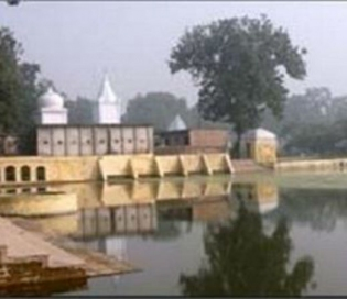 Let The Mind-blowing Mirzapur In Uttar Pradesh Intoxicate Your Sense Of Travel!
