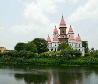 Explore The Architectural Grandeur Of The Hangseshwari Temple Complex!