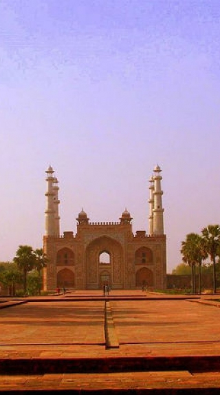 Akbar's Tomb – Which Was Built By Akbar Himself!