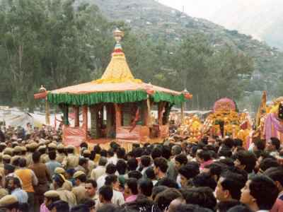 Head To Himachal Pradesh For The Colourful Phulaich Fair This ...
