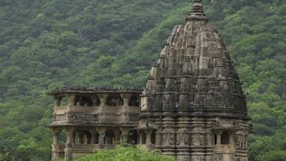 Navlakha Temple – The Beauty Narrating The History Of Gujarat
