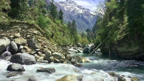 The Enticing Kheerganga Trek