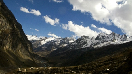 Explore Kaza – A Picturesque Hamlet Of Himachal Pradesh