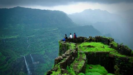 Backpacker Holiday Destinations In Maharashtra