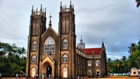 Visit These 6 Famous Churches Of Kerala To Celebrate Christmas