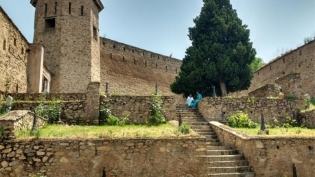 Ancient Forts That Beautify The Incredible Landscape Of Jammu And Kashmir