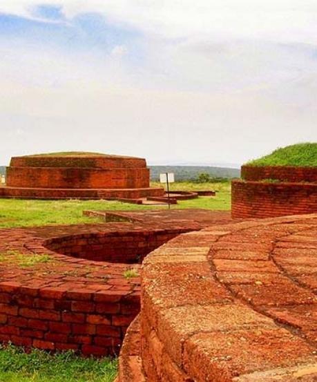Bavikonda Buddhist Complex – To The Hill Of Wells