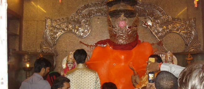 What's So Mystic About Khajrana Ganesh Temple! Learn It Here
