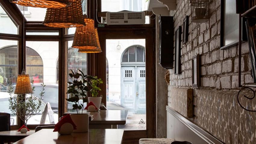 Mumbai And Its Vintage Parsi Cafes