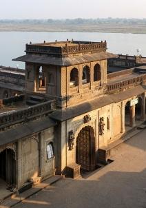 மஹேஷ்வர்
