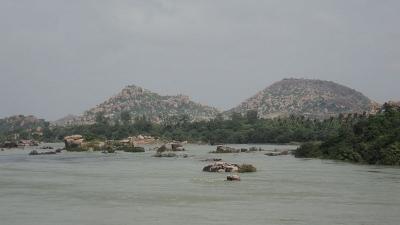 तुंगभद्रा नदी